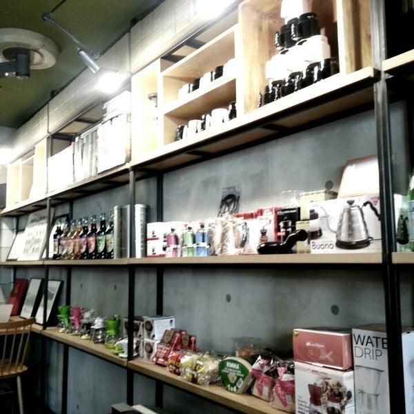 2/28/2013에 Sa wook N.님이 Experimental Coffee Bar by SAANG에서 찍은 사진