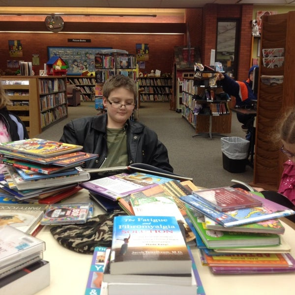 Photo taken at Indianapolis Marion County Public Library - Southport Branch by Lea S. on 1/8/2014