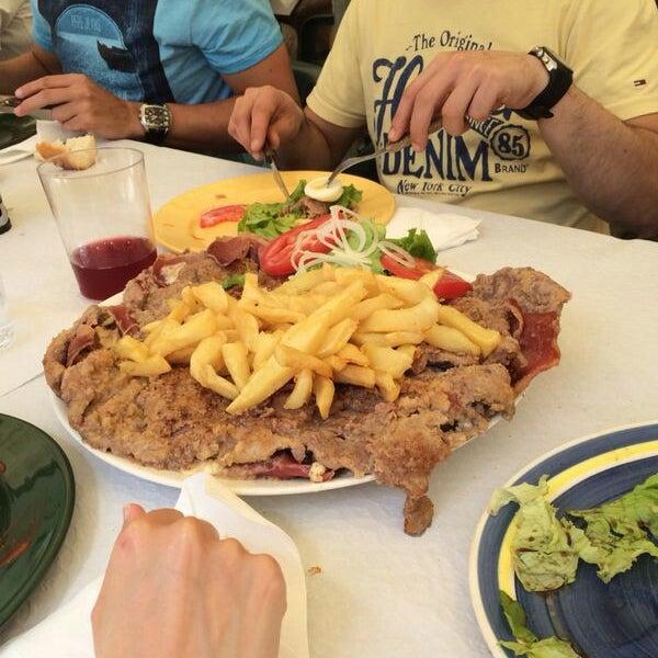 Restaurante el cobertizo salas asturias for El salas restaurante
