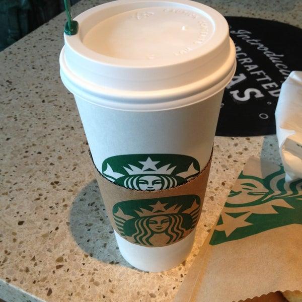 Photo taken at Starbucks by Hazne E. on 7/28/2013