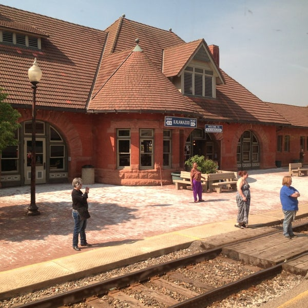 Photo taken at Kalamazoo Transportation Center - Amtrak (KAL) by Joshua T. on 5/19/2013