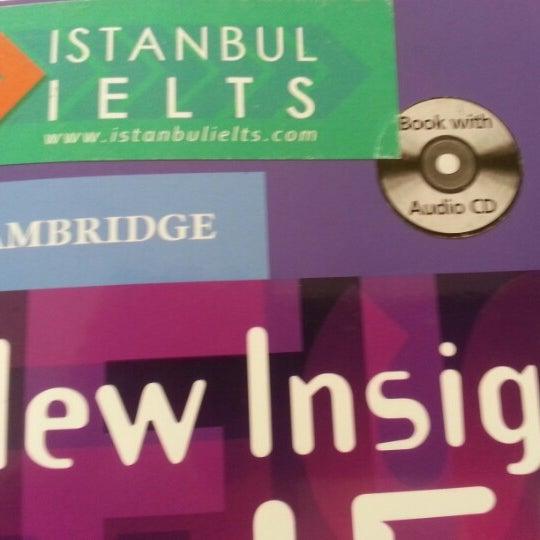2/19/2013 tarihinde Erdem Egemen K.ziyaretçi tarafından Istanbul Ielts'de çekilen fotoğraf