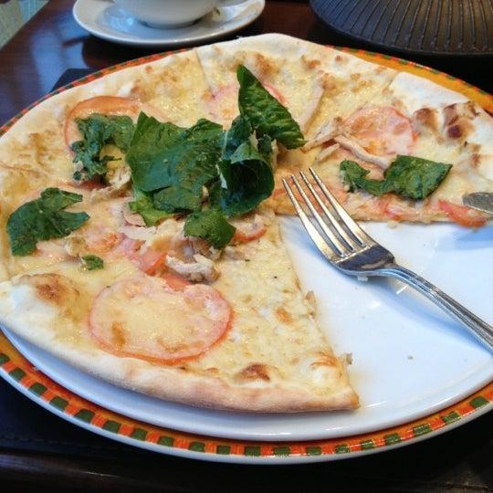 รูปภาพถ่ายที่ Панчо пицца โดย Alice P. เมื่อ 10/14/2012