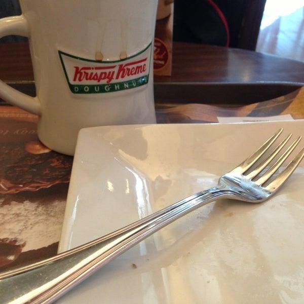 Photo taken at Krispy Kreme by carlo r. on 8/7/2013