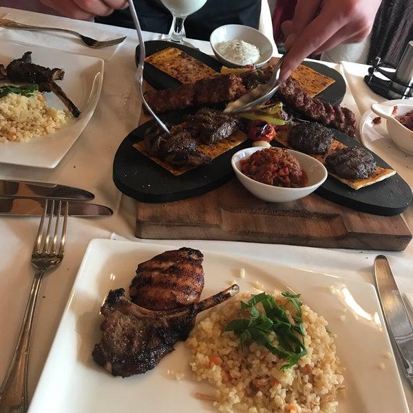 Лучший ресторан в Стамбуле . Посетили много ресторанов, но этот был самый ! Идеально все , начиная с вкусной еды и заканчивая чудесным обслуживанием!!!! Настойчиво рекомендуем !