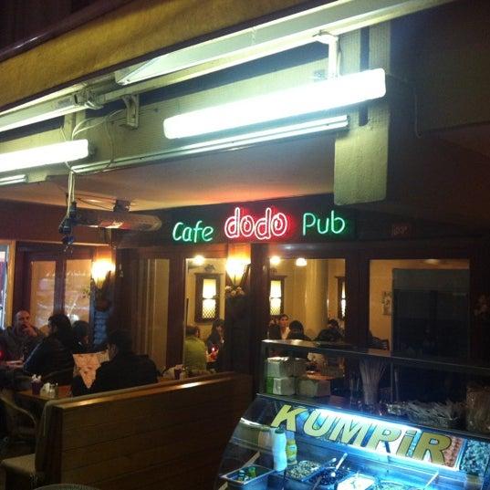 1/5/2013 tarihinde Serdar Y.ziyaretçi tarafından Dodo Cafe & Pub'de çekilen fotoğraf