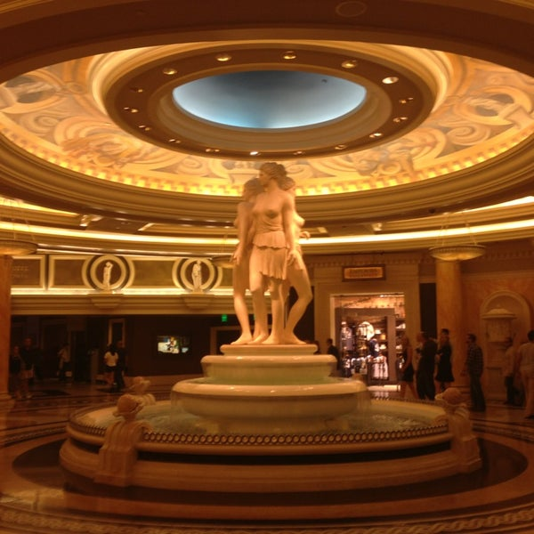 Photo taken at Caesars Palace Hotel & Casino by Mohamed I. on 5/21/2013