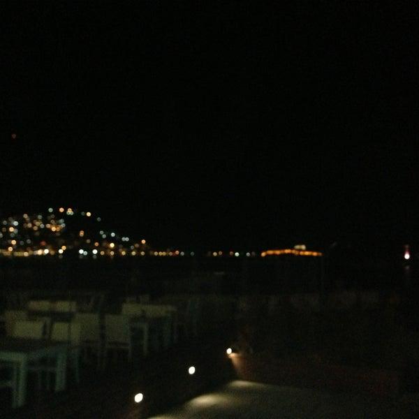 12/31/2012 tarihinde İbrahim S.ziyaretçi tarafından Cafe Marin'de çekilen fotoğraf