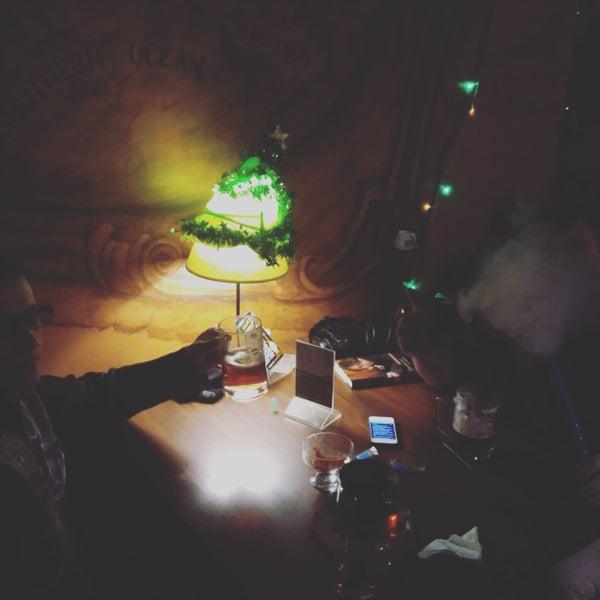 Классное место для встречи с друзьями, клубы дыма под размеренный разговор и крафт!