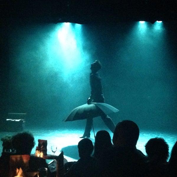 Снимок сделан в Театр-кабаре на Коломенской/ The Private Theatre and Cabaret пользователем Кэт Б. 7/21/2016