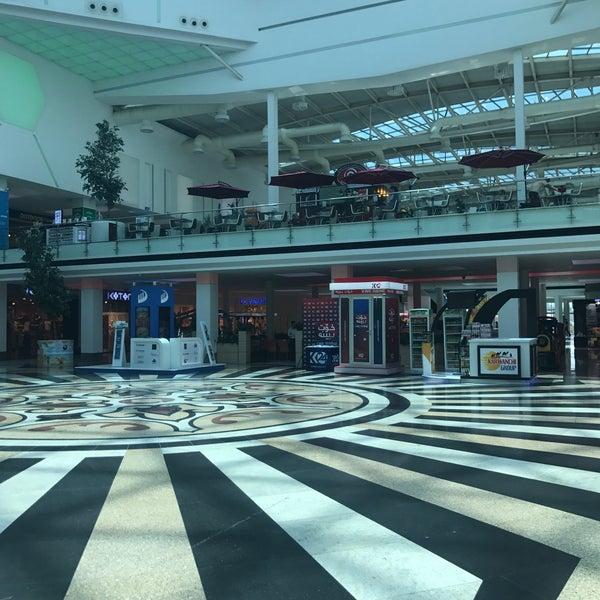 8/17/2017 tarihinde Yassin A.ziyaretçi tarafından Family Mall'de çekilen fotoğraf