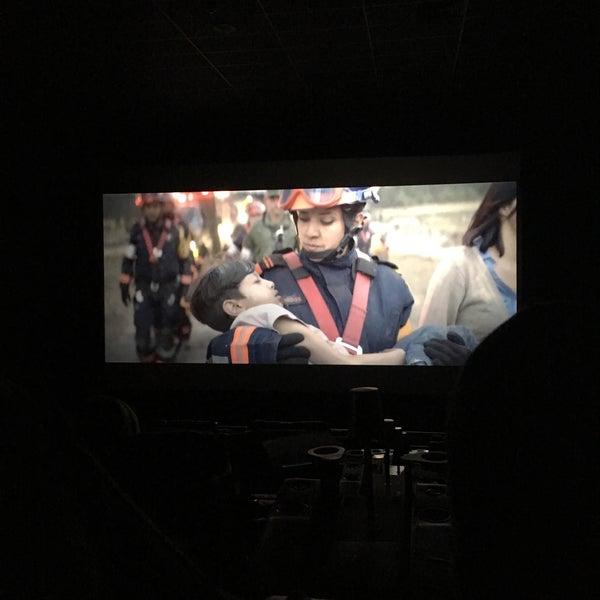 Photo taken at Cinemex by Yaz N. on 4/30/2017