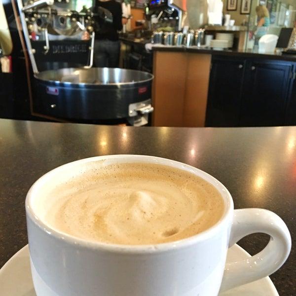 Photo taken at Arcedium Coffeehouse Inc by Winery E. on 6/11/2016