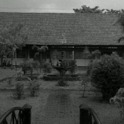 Foto diambil di SMA Negeri 25 Bandung oleh Astri E. pada 10/31/2012