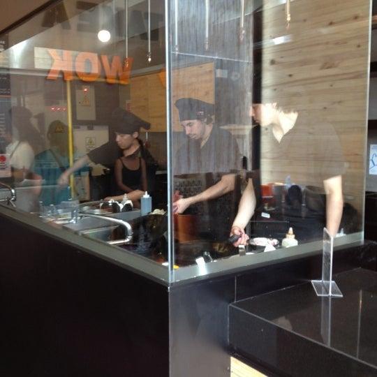 Foto tomada en Take a Wok por Fabio A. el 12/12/2012