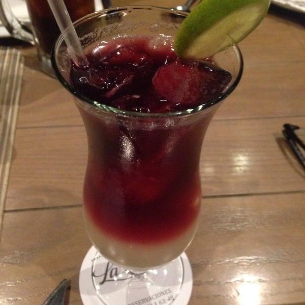 Снимок сделан в La Ocho Restaurante пользователем Vi G. 12/18/2014