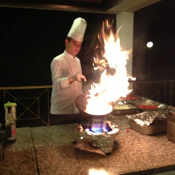 8/29/2013 tarihinde Rumeysa G.ziyaretçi tarafından Sah İnn Restaurant'de çekilen fotoğraf