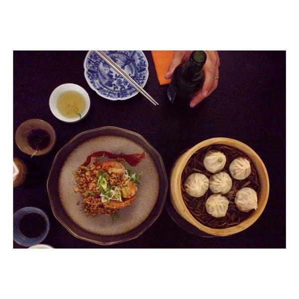 Das Foto wurde bei Wesley's Kitchen von Jonna K. am 8/27/2015 aufgenommen