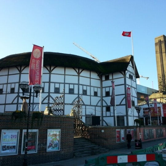Photo taken at Shakespeare's Globe Theatre by sarahgb on 11/25/2012