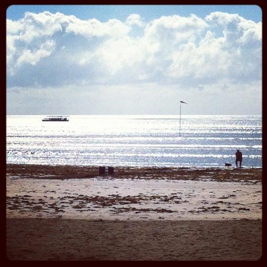 Foto tirada no(a) Praia de Paripueira por Gustavo G. em 11/27/2012