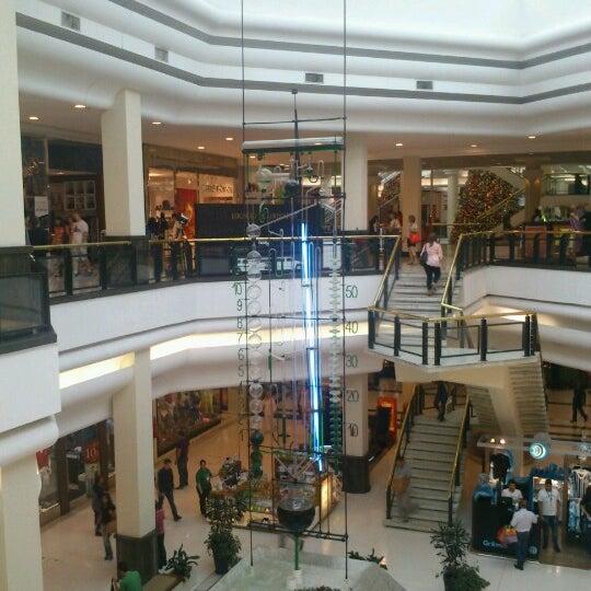 Photo taken at Shopping Iguatemi by Douglas N. on 12/21/2012