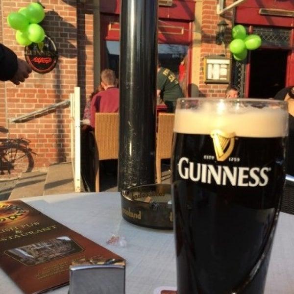 Foto tirada no(a) Fritzpatrick's Irish Pub por Alexander K. em 3/17/2015