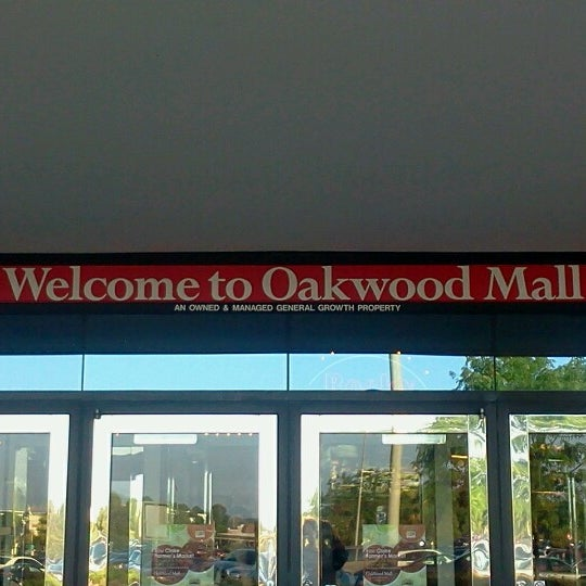 Photo taken at Oakwood Mall by Santiago D. on 7/20/2012