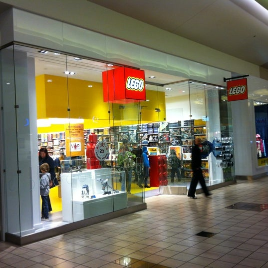 The LEGO Store - Toy / Game Store