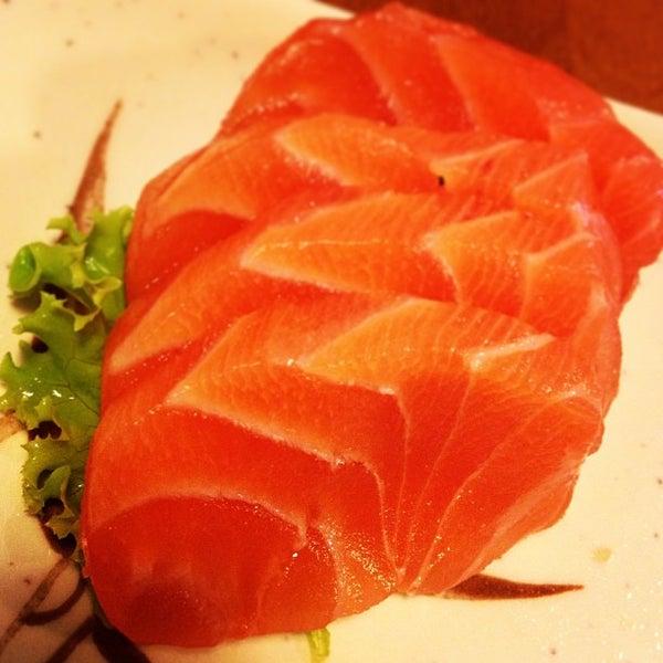 Foto tirada no(a) Sushi Koba por Tuco.O A. em 2/21/2013