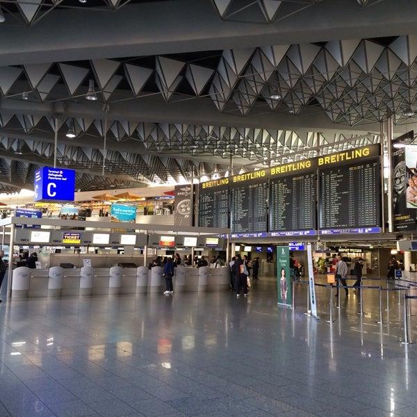 Das Foto wurde bei Frankfurt Airport (FRA) von Skylor M. am 10/27/2013 aufgenommen