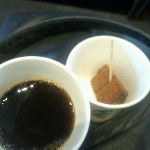Photo taken at Starbucks by greatmoonrabbit on 2/9/2013