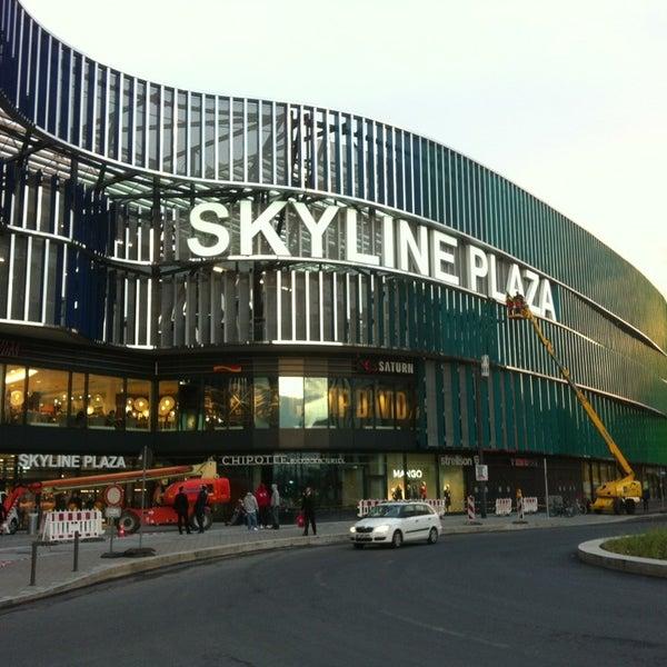 skyline plaza shopping mall in frankfurt am main. Black Bedroom Furniture Sets. Home Design Ideas