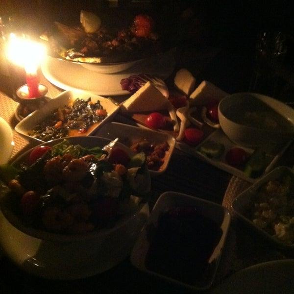 3/1/2013 tarihinde Ⓜ.Eminziyaretçi tarafından Cheffy Dünya Mutfağı'de çekilen fotoğraf