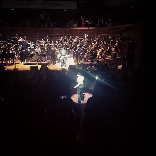 Photo taken at Louise M. Davies Symphony Hall by Tivon on 5/17/2013