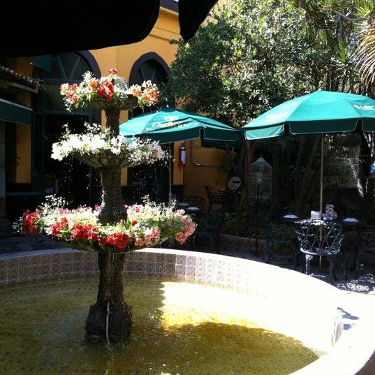 Foto tomada en El Patio por Diana Z. el 11/27/2012