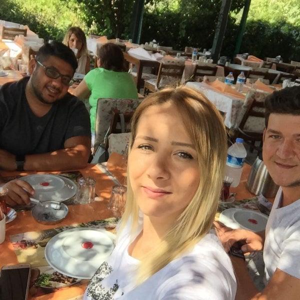 9/21/2017 tarihinde Safiye G.ziyaretçi tarafından Köyüm Bahçe Restaurant'de çekilen fotoğraf