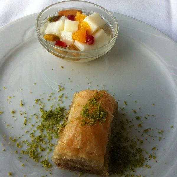 4/2/2013 tarihinde Abusalem A.ziyaretçi tarafından Matbah Restaurant'de çekilen fotoğraf