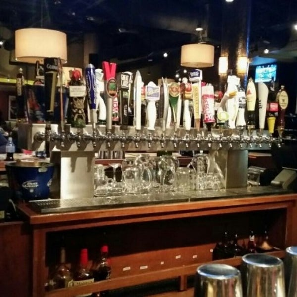 Photo taken at Bar Louie by Kenneth G. on 4/26/2016