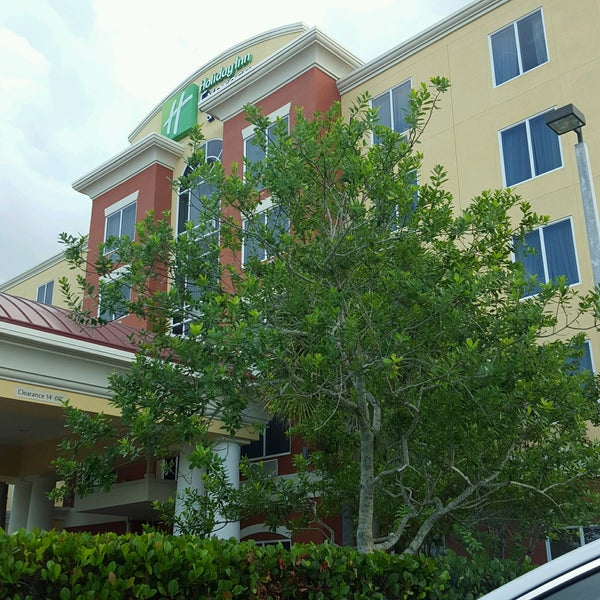 Port St Lucie Hotel: Holiday Inn Express & Suites Port St. Lucie West