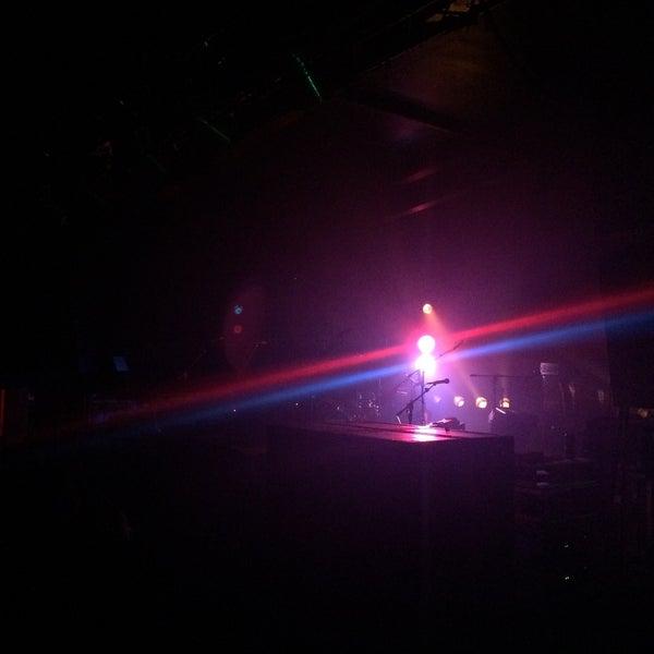 Foto scattata a Velvet Club & Factory da Aldo S. il 5/16/2015