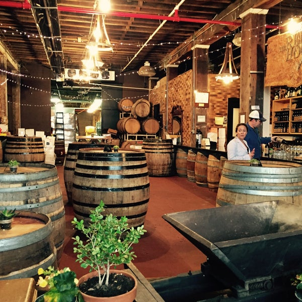 Red Hook Winery Tours