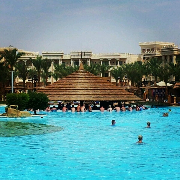 Photo taken at Albatros Palace Resort & Spa by Vladislav P. on 6/22/2013