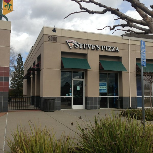 Round Table Pizza Foothills Boulevard Roseville California