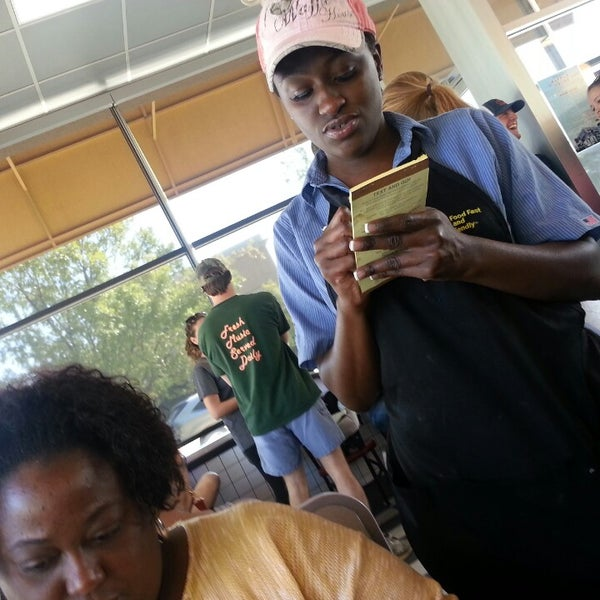 Photo taken at Waffle House by Araneetae M. on 10/5/2013