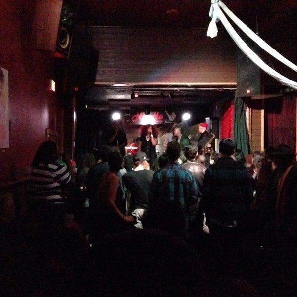 Photo taken at Hi-Ho Lounge by Bogdano A. on 11/22/2014