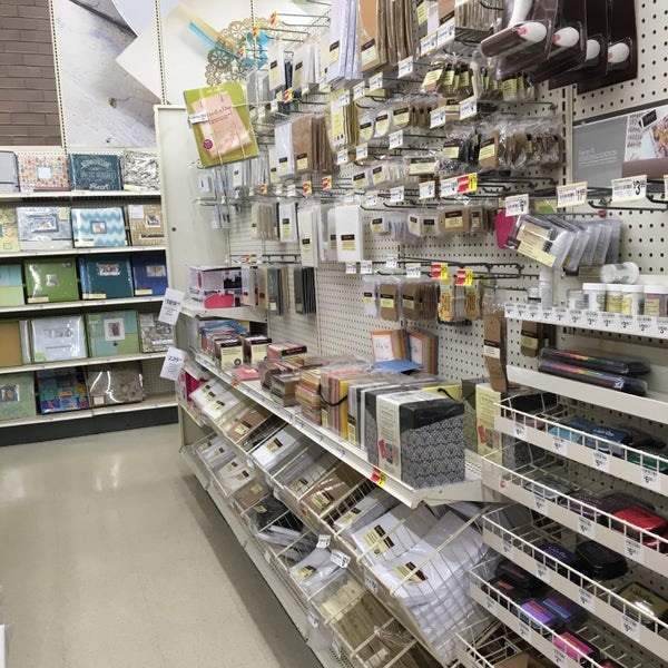 Michaels arts crafts store in waldorf for Art and craft online store
