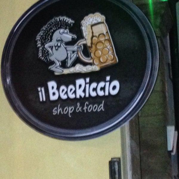 Foto scattata a Il BeeRiccio shop&food da Manuele il 8/24/2014