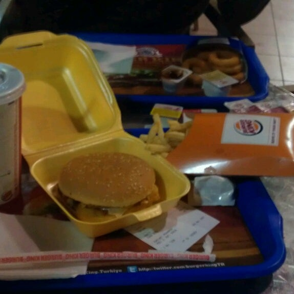 Photo taken at Burger King by Mehmet Y. on 10/11/2013