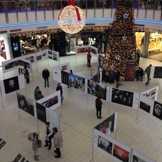 12/23/2012에 Еυγένιος님이 Atrium Optima에서 찍은 사진