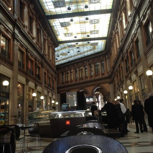 Foto scattata a Galleria Alberto Sordi da Pedro S. il 2/21/2013